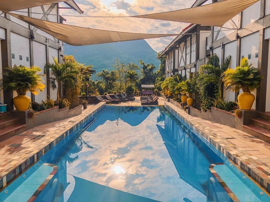 Victory Road Villas: Swimming Pool